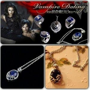 Vampire Diaries Daylight pendant